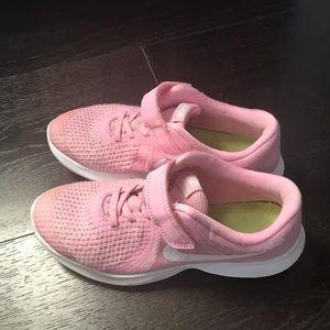 Nike Revolution 4 kids sneakers,  size 2.5 Y